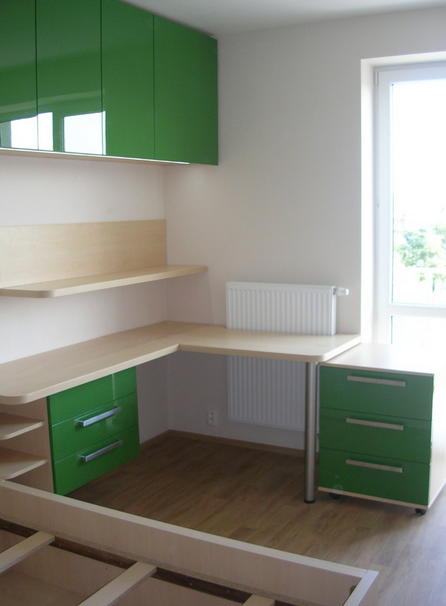 postavitev pohištva v otroški sobi