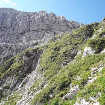 Kam v hribe z otroki – Krnsko jezero 1394 m in Krn 2244 m